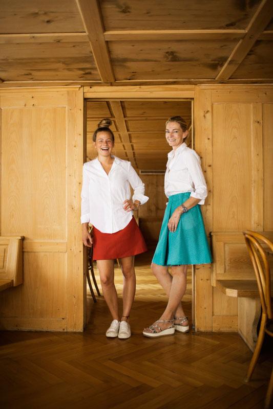 Am Tag des Herrn: Irma Renner (r.) mit Köchin Milena Broge vom Sonntagsgasthaus Adler