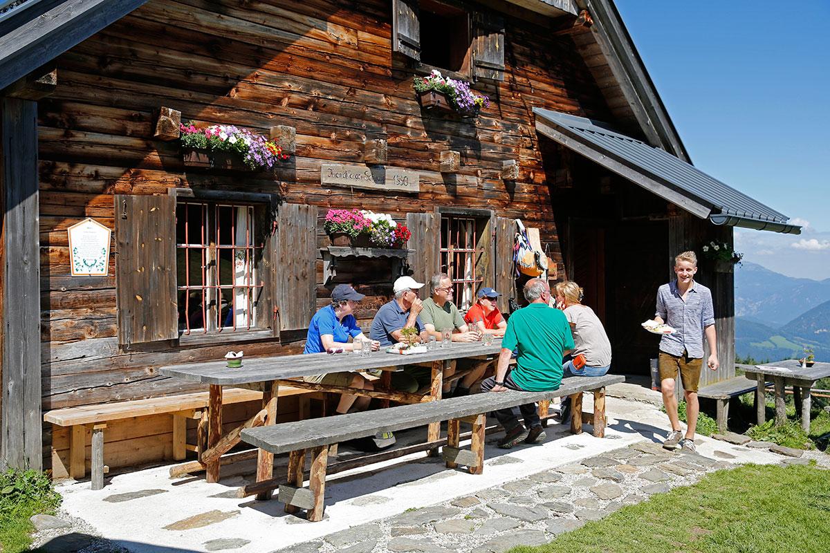 Almen in Österreich Kranichberger Schwaig. Die Hektik der Großstadt bleibt unten im Tal