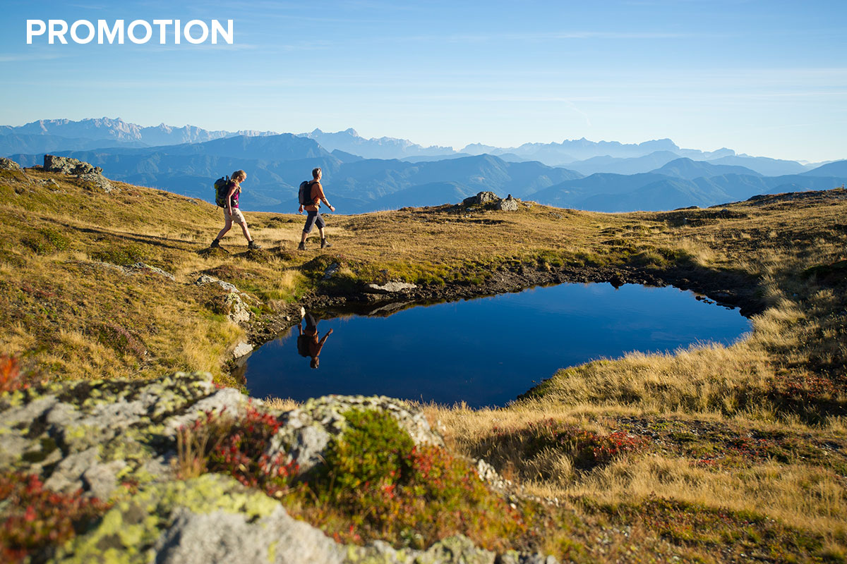 Grenzenlos wandern am Alpe-Adria-Trail. Zur schönsten Wanderzeit am ausgezeichneten Weitwanderweg. Unterwegs auf der Millstätter Alpe