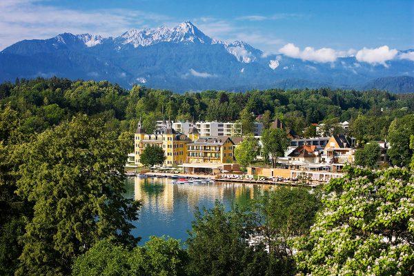 Alpe-Adria-Trail. E21 Schlosshotel Velden am Wörthersee