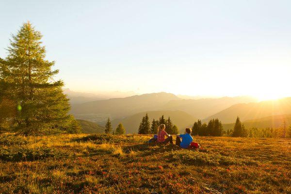 Herbstlicht auf der Gerlitzen. Grenzenlos wandern am Alpe-Adria-Trail