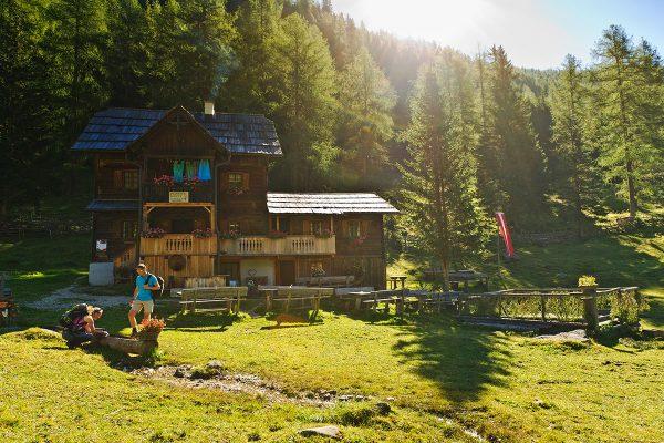 Alpe-Adria-Trail. Gmünd am Millstätter See