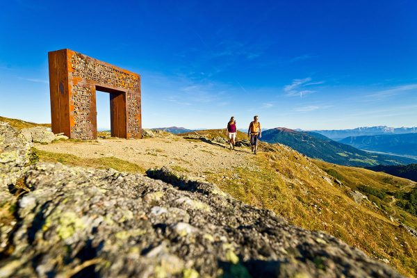 Alpe-Adria-Trail. Granattor Millstätter Alpe