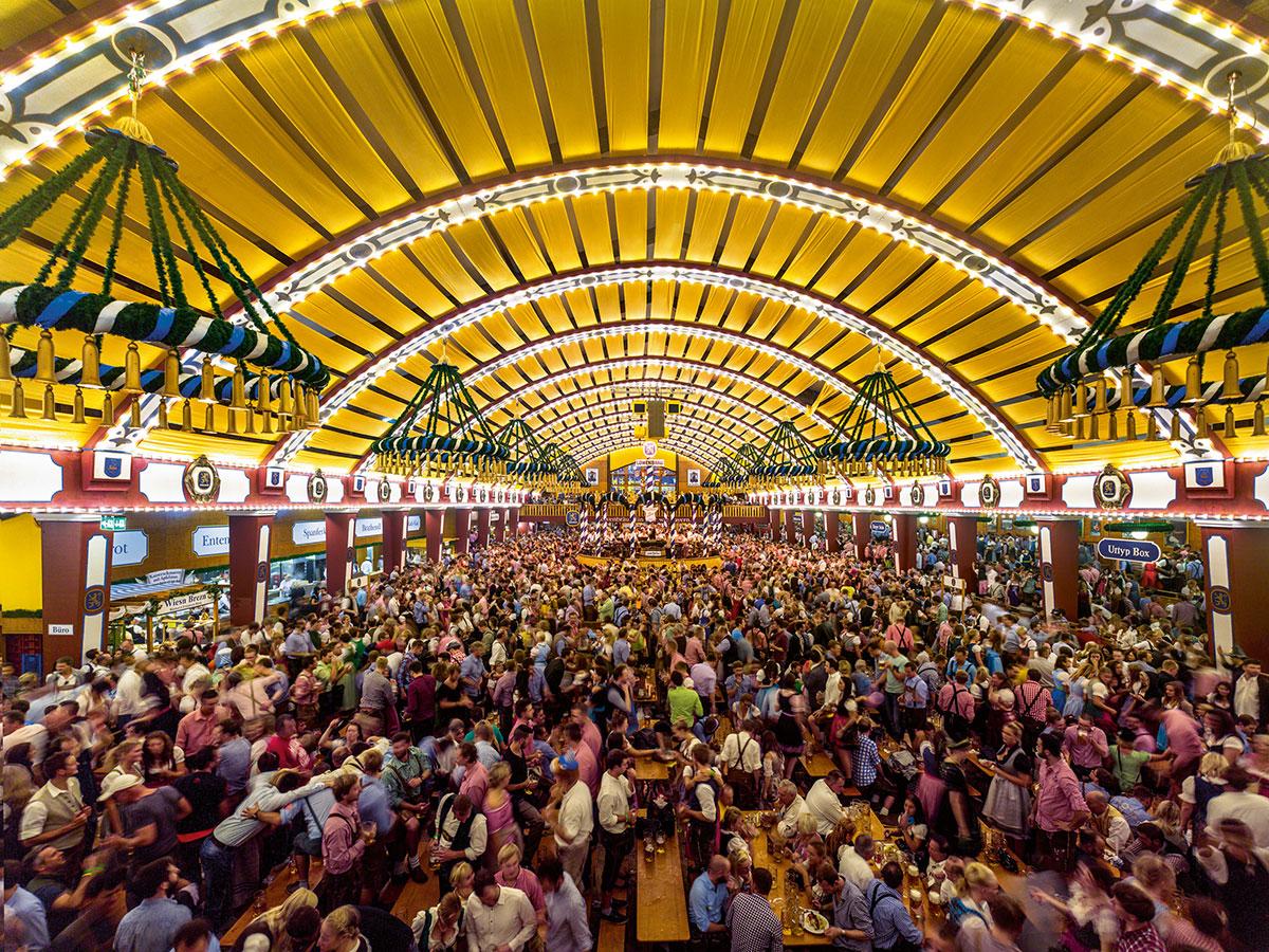 Oktoberfest Löwenbräukeller Festzelt