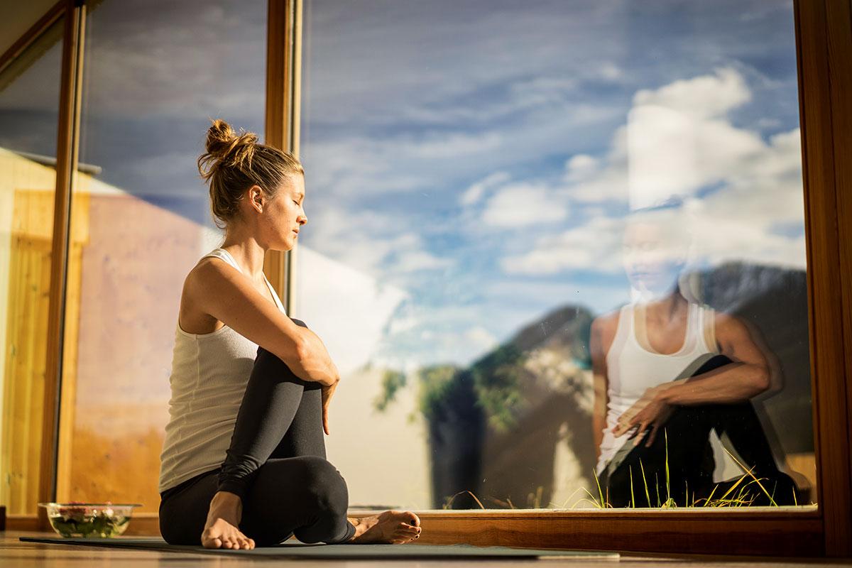 Yoga – Lotus in den Alpen. Arnica Scuol