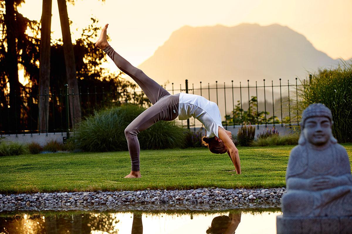 Yoga – Lotus in den Alpen. Sonnhof