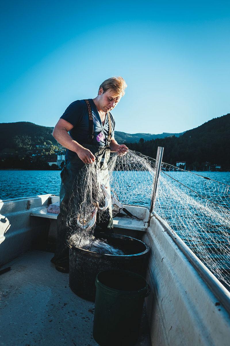 Naturburschen – Früh übt sich. Tegernsee Fischer und Jäger