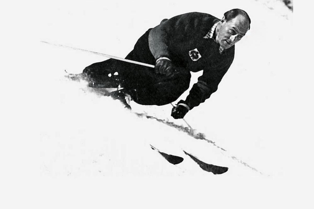 Seefeld – Wer hat´s erfunden? Mein Großvater. Generationen auf Skiern: Berühmt wurde der vierfache Skiweltmeister Anton Seelos für die Entwicklung des Parallelschwungs. Bis 1981 leitete Toni Seelos die Skischule seines Heimatortes