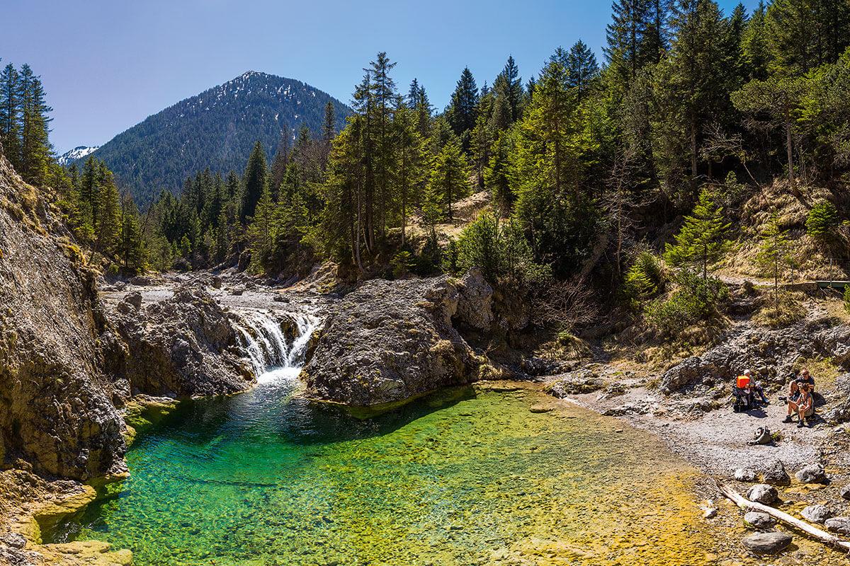 STUIBENFÄLLE REUTTE. Die fünf schönsten Gumpen der Alpen zum Abtauchen