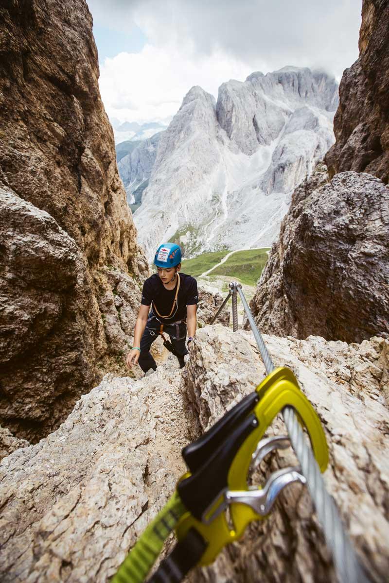 Alpensafari. Luca klettert vom Tierser Alpl aus über den Roßzahn bis zur Roterdspitze