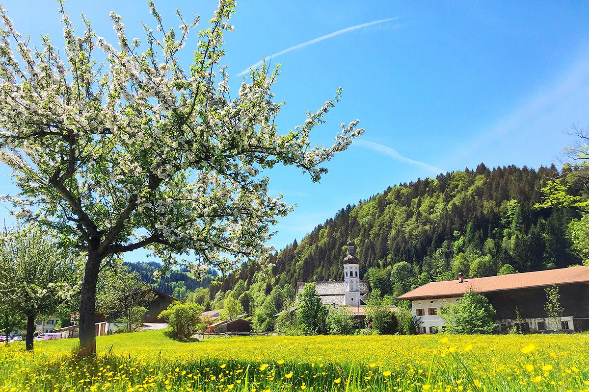 Bergsteigerdörfer – wo die Alpen noch ursprünglich sind. Sachrang im Chiemgau