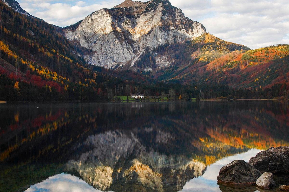 Bergsteigerdörfer – wo die Alpen noch ursprünglich sind. Steinbach am Attersee