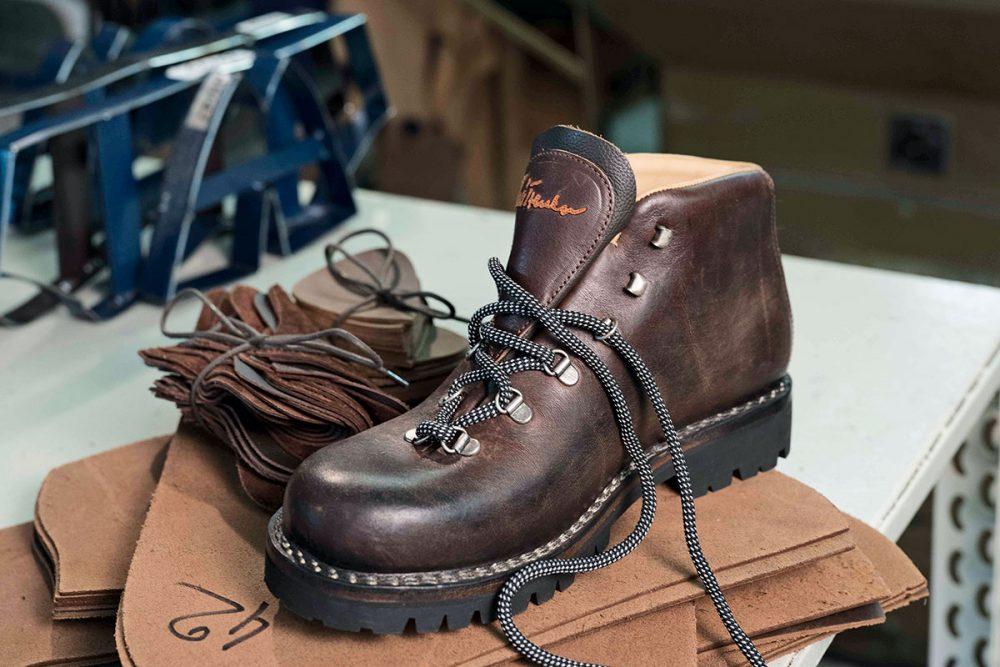 Luis Trenker Bergschuhe – Eine gut geschnürte Seilschaft. GEPRÄGTE GESCHICHTE BERG-Stiefel kosten ab 299 Euro