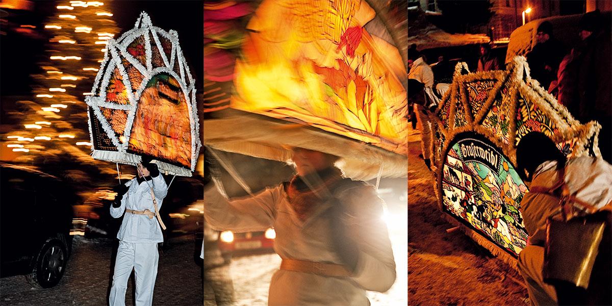 Ebenseer Glöcklerauf – Süsser die Glocken nie klingen. Bis zu 15 Kilogramm balancieren die Kappen-Läuferinnen auf dem Kopf. Die filigranen Papiermuster strahlen im Licht der Kerzen, sieben Stück pro Kappe sind nötig, um das Kunstwerk richtig in Szene zu setzen.