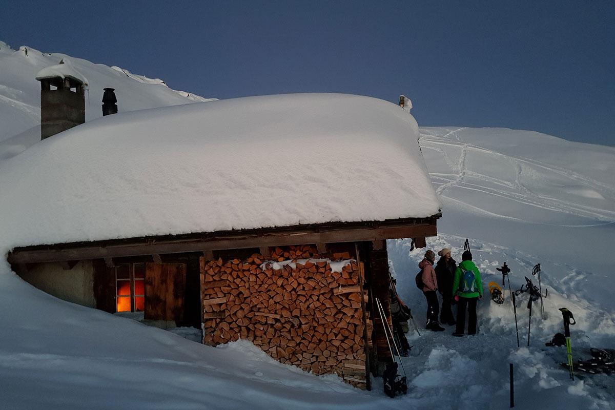 Schneeschuh-Sagenwanderung – Wer hat Angst vor den armen Seelen? Aletsch Arena