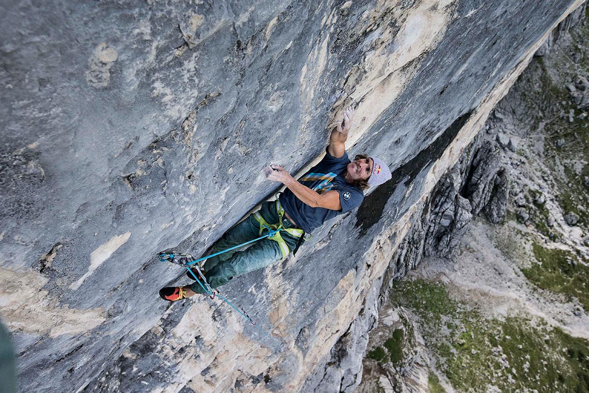 """Extrem-Klettern – Stefan Glowacz und die Schwarze Wand. An der """"Drecksau"""": So hat Glowi jene Schlüsselstelle getauft, an der er immer wieder scheitert. Bis jetzt..."""