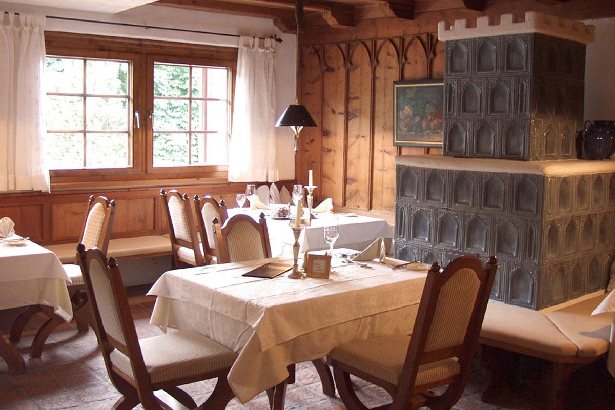 Tiroler Stube – Heimeliges unterm Hergottswinkel. Strasserwirt