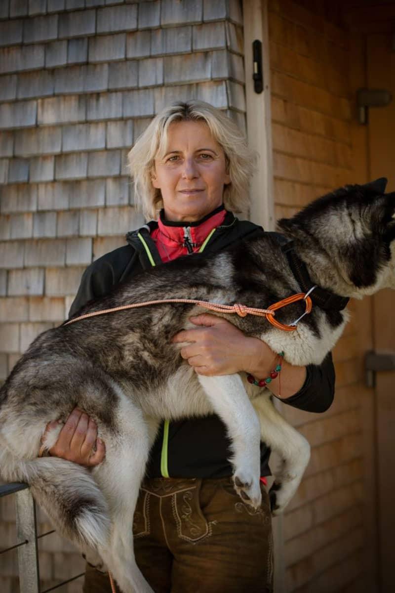 Vier Tirolerinnen und ihre Lieblingsplätze in der Heimat. Katharina Daum ist seit 23 Jahren Hüttenwirtin. Seit 2007 arbeitet sie auf der Olperer Hütte