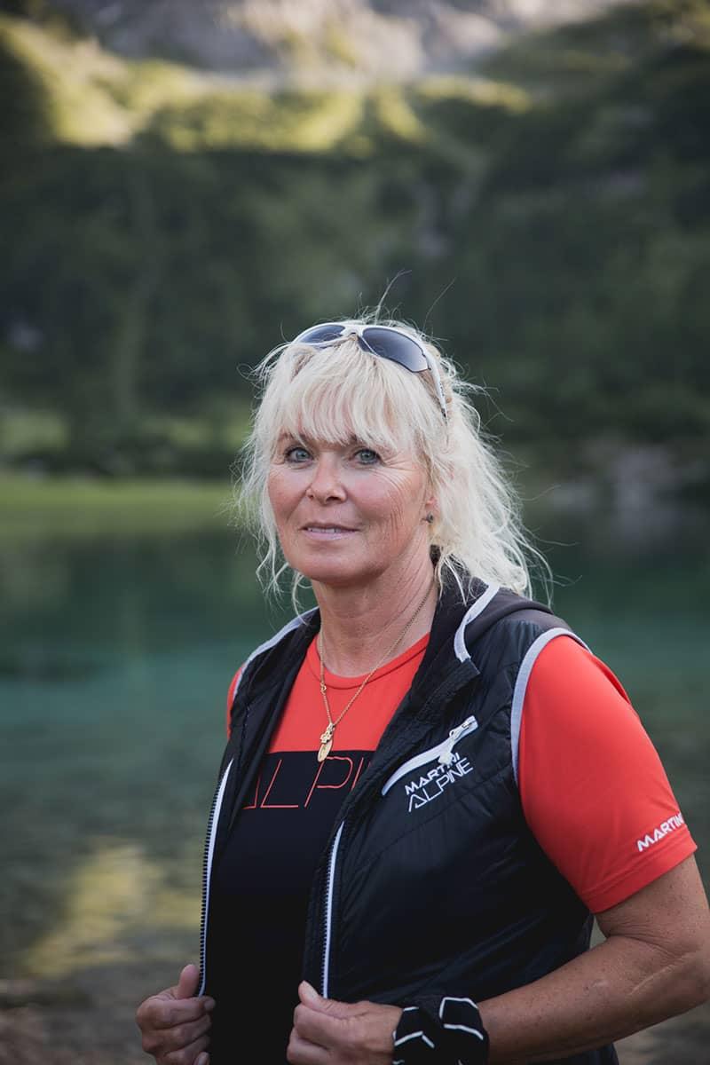 Vier Tirolerinnen und ihre Lieblingsplätze in der Heimat. Regina Poberschnigg ist die Chefin der Bergrettungsstelle in Ehrwald. Frauen dürfen in Tirol erst seit 1999 in der Bergrettung mitarbeiten