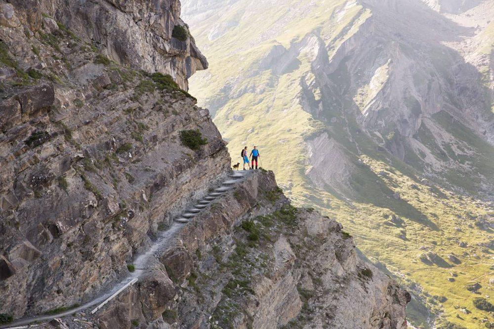 Vier Tirolerinnen und ihre Lieblingsplätze in der Heimat. Der Drischlsteig in Imst sieht spektakulär aus, ist aber nicht so schwer zu gehen. Hier ist Silvia Mair besonders gerne unterwegs