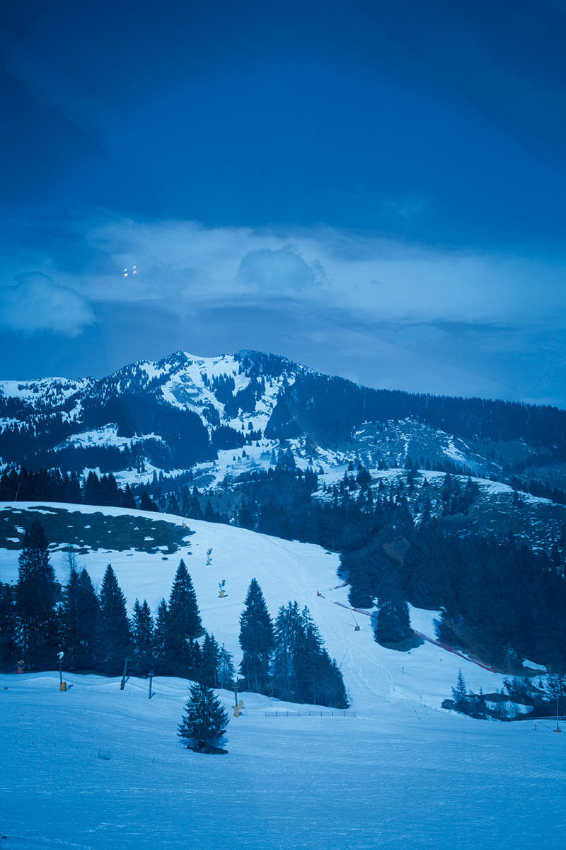 Berg und Tal: Jedes Wochenende ist das Team der Bergwacht Hausham im Skigebiet Sudelfeld im Einsatz