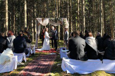 Waldhochzeit und Almhochzeit: Feste für die Liebe