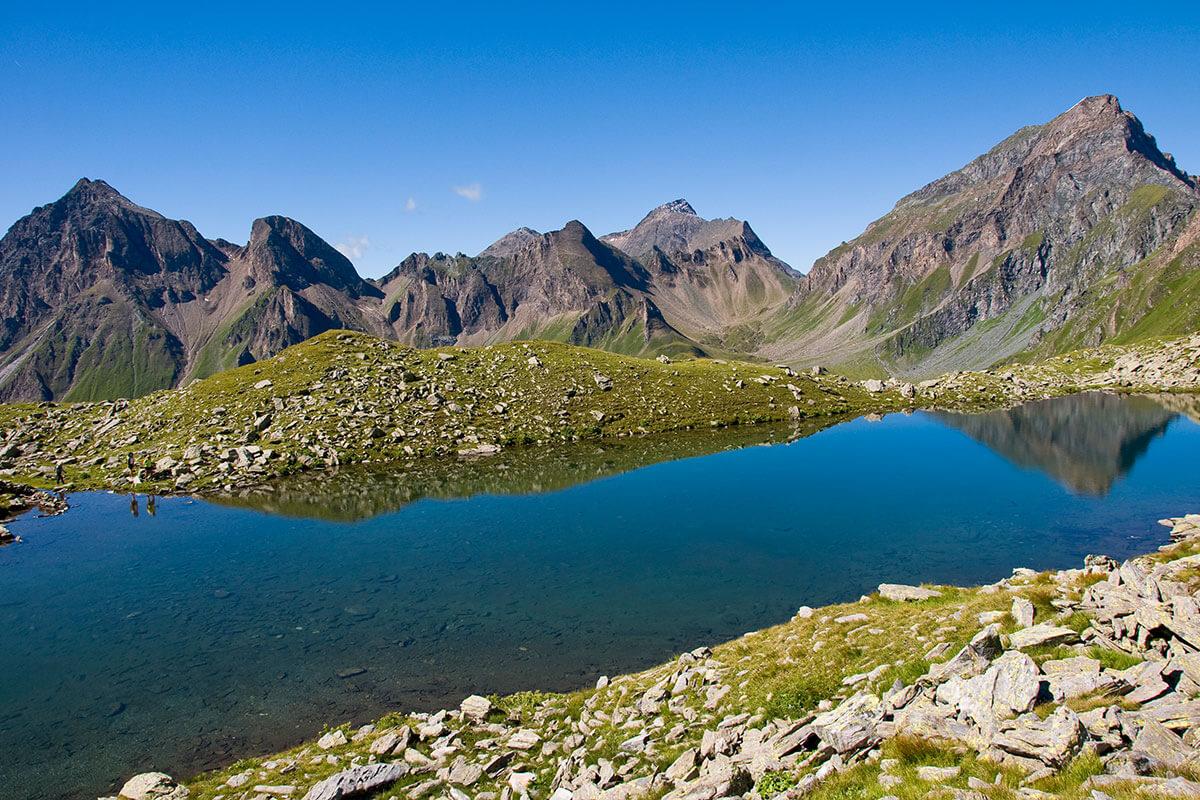 Weitenbergsee. Versteckte Bergseen und beeindruckende Aussichten – Fünf Geheimtipps für Sommerwanderungen in Südtirol