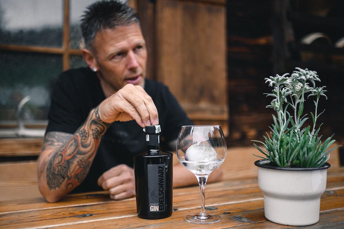 Edelschwarz - Organic Gin