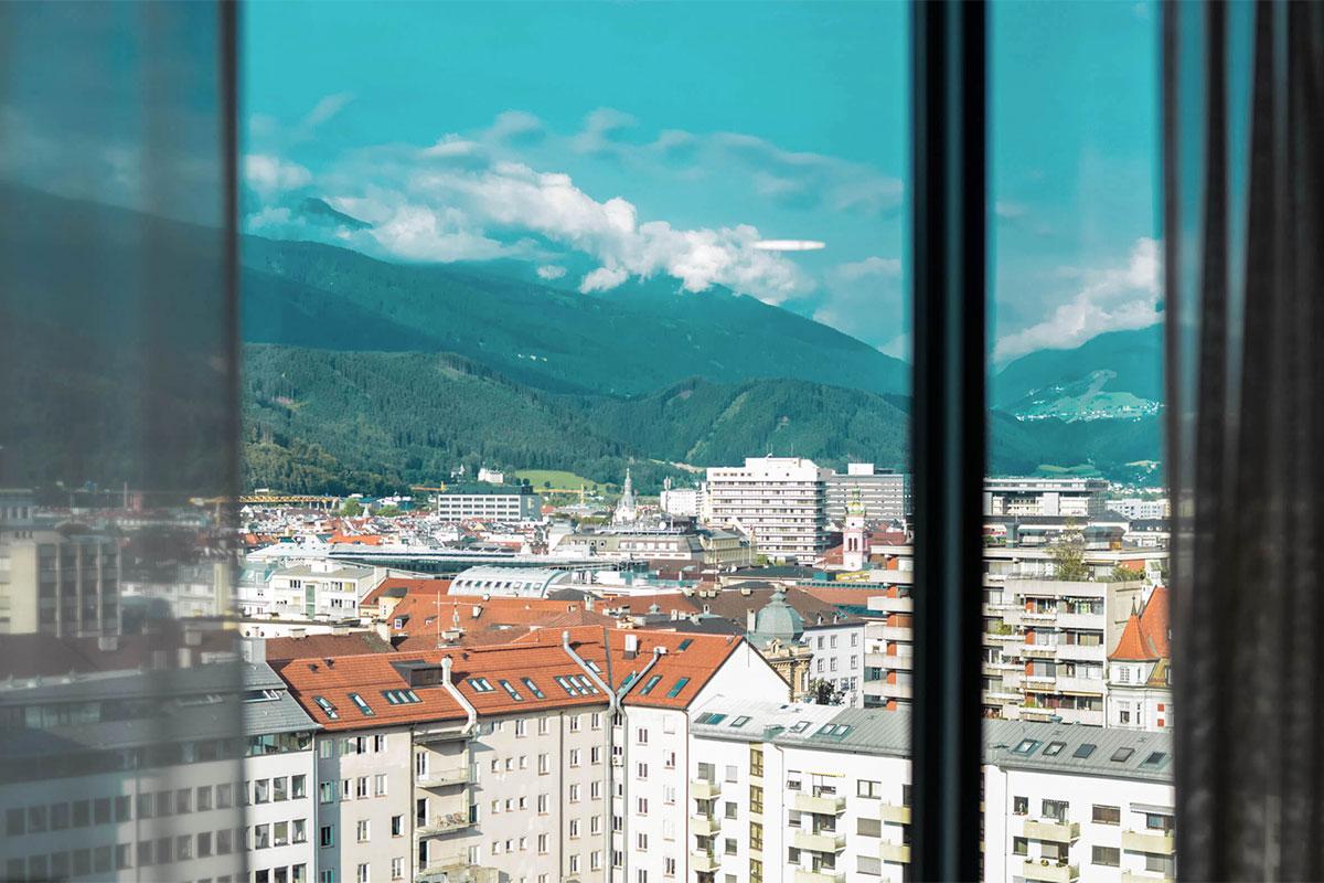 Innsbrucktrek – Blick Hotelzimmer