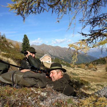 Geführte Wildtierbeobachtungen werden am Landgut Moserhof angeboten und von den Gästen begeistert angenommen.