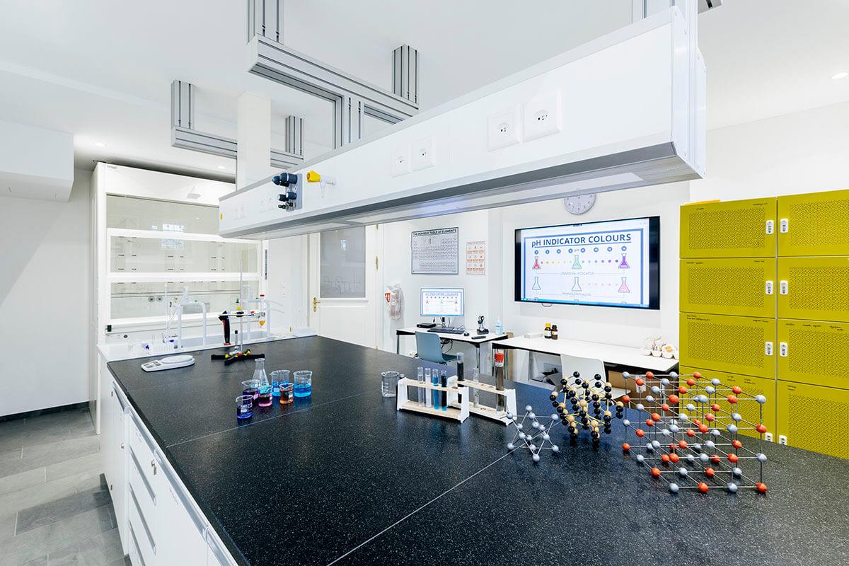 Institut auf dem Rosenberg Chemielabor