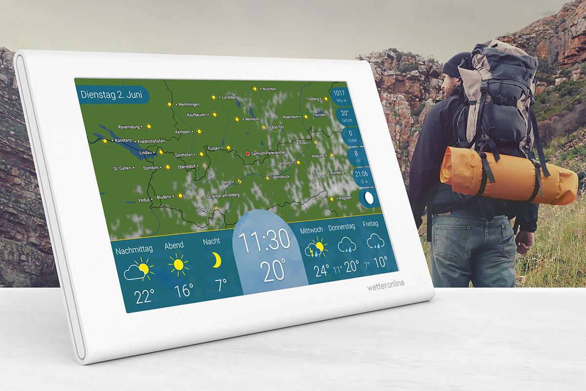Gut vorbereitet fürs Wandern: Ein Blick auf die Wetterstation wetteronline home verrät den aktuellen Pollenflug am Ausflugsziel