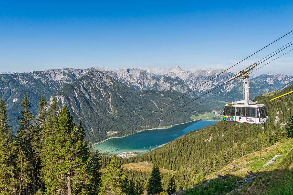 Auch von oben gigantisch: das Tiroler Meer