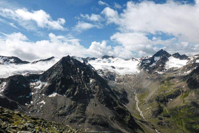 Ein Besuch auf der gemütlichen Amberger Hütte – hier werden Berg- und Gletscherträume wahr!